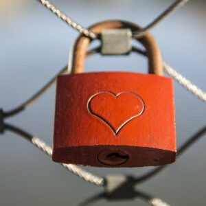 fence-lock-love-padlock-38866